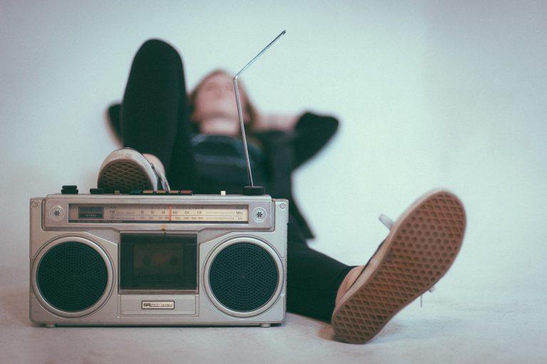 איך הרדיו משפיע על חיינו